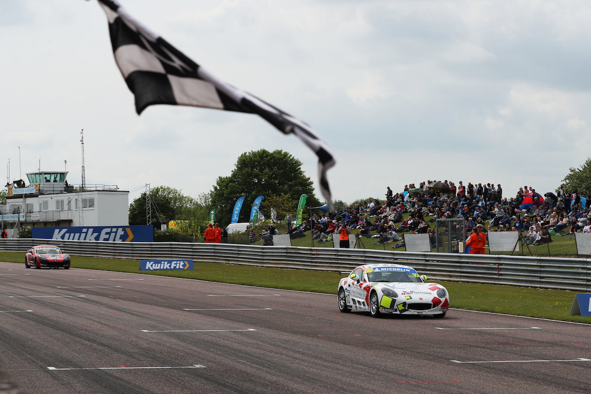Ginetta Junior success for Richardson Racing at Thruxton