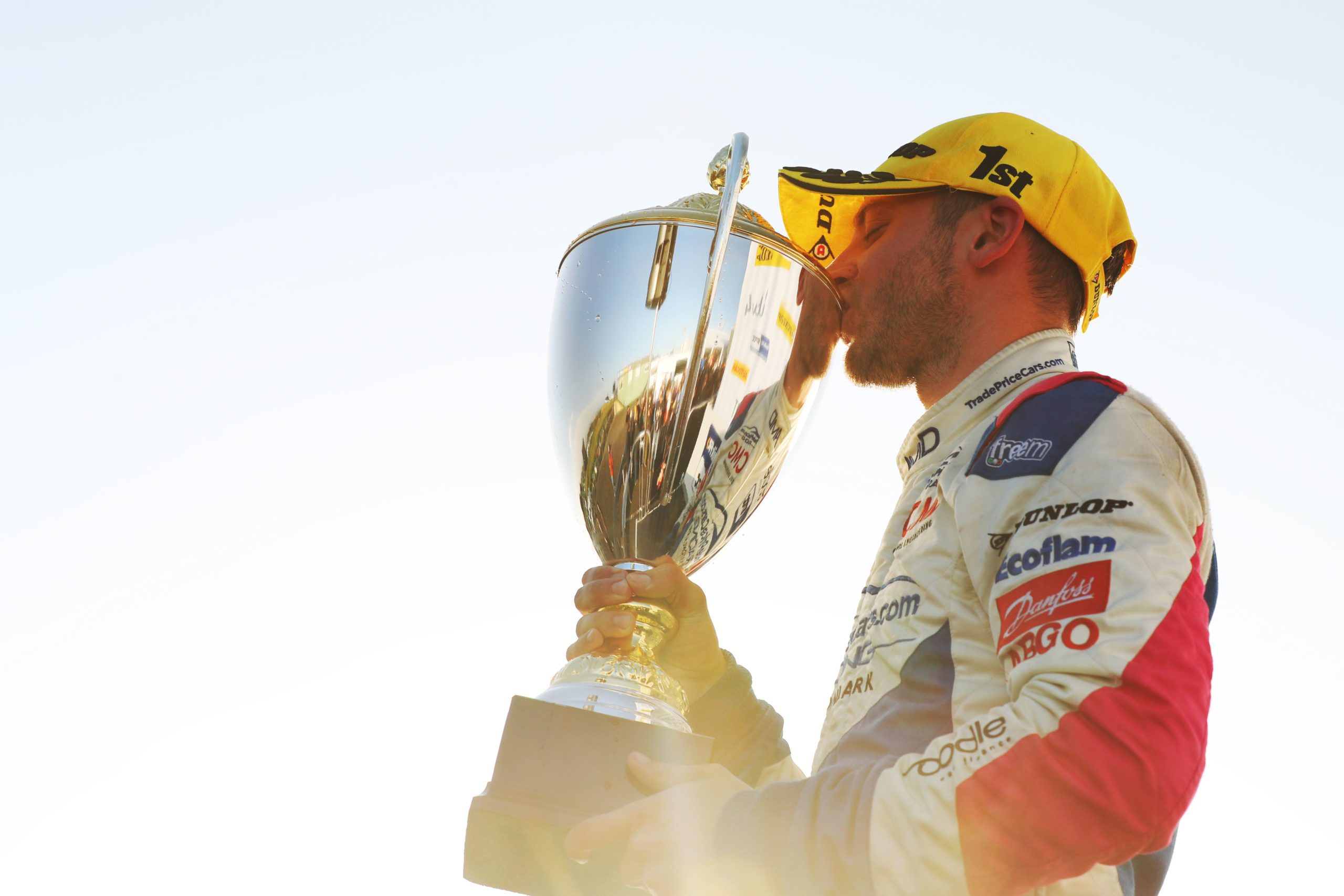 Trade Price Cars Racing secure victory at Knockhill