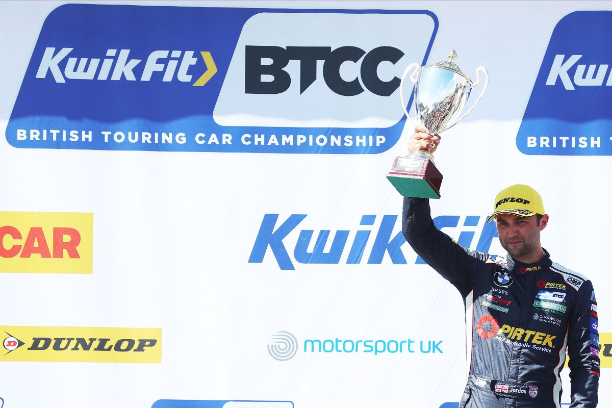 Double podium for BMW Pirtek Racing at Oulton Park