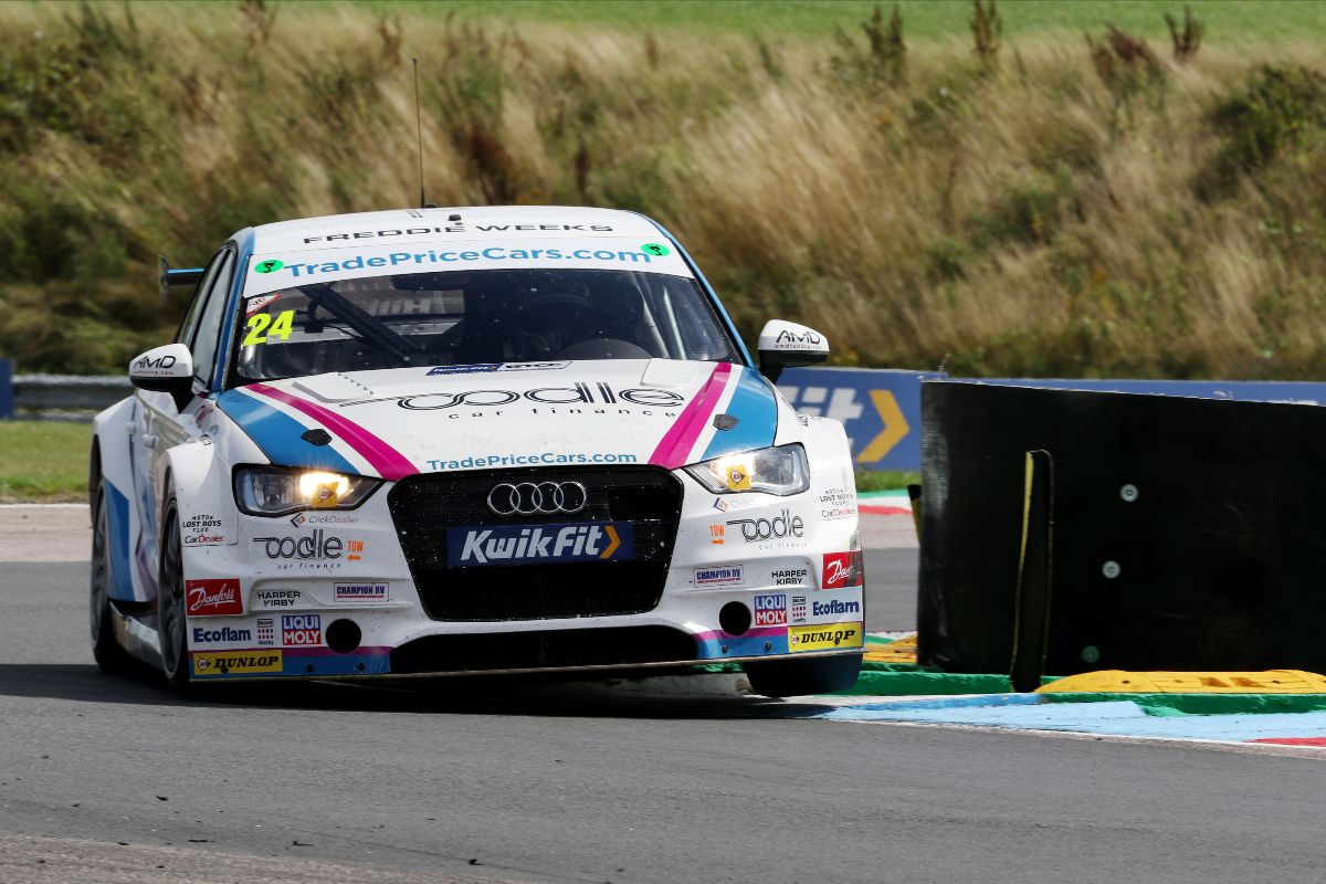 Top ten target for Trade Price Cars Racing at Knockhill