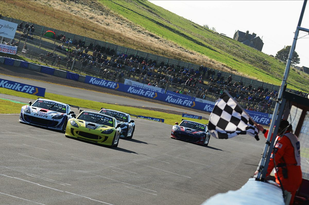 Seventh win of the year for Harry King at Knockhill