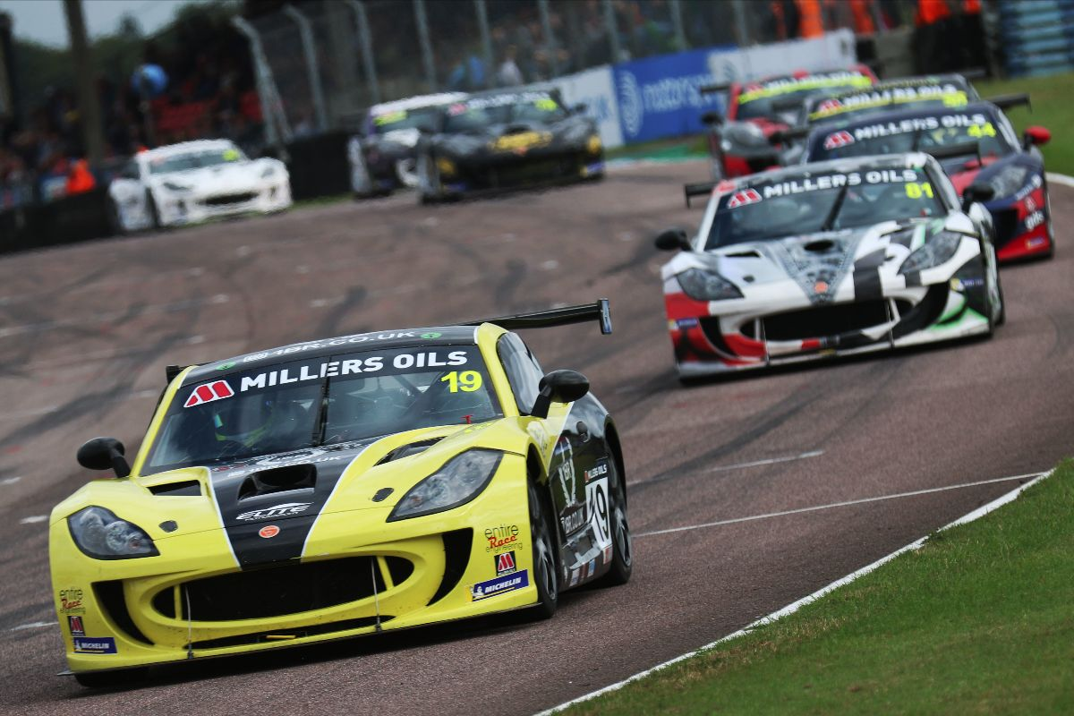 Harry King fights back for Thruxton victory