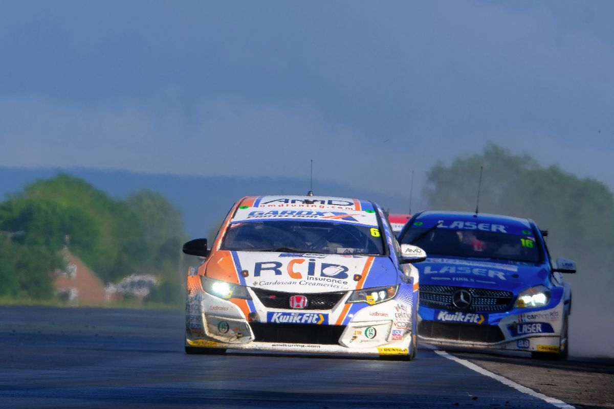 Cobra Sport AmD with AutoAid/RCIB Insurance Racing hope for return to form at Oulton Park