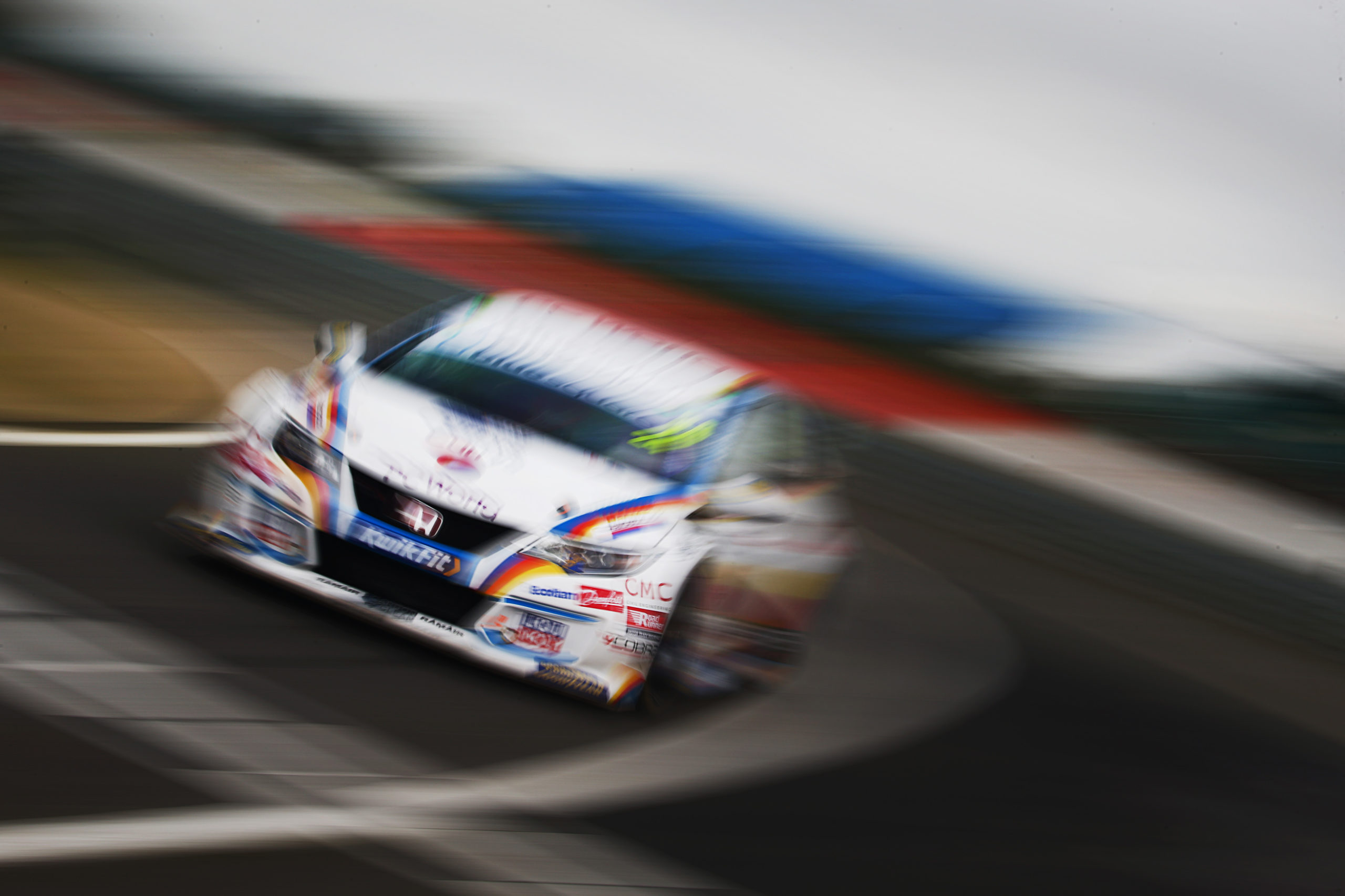 MB Motorsport accelerated by Blue Square impress during BTCC season launch