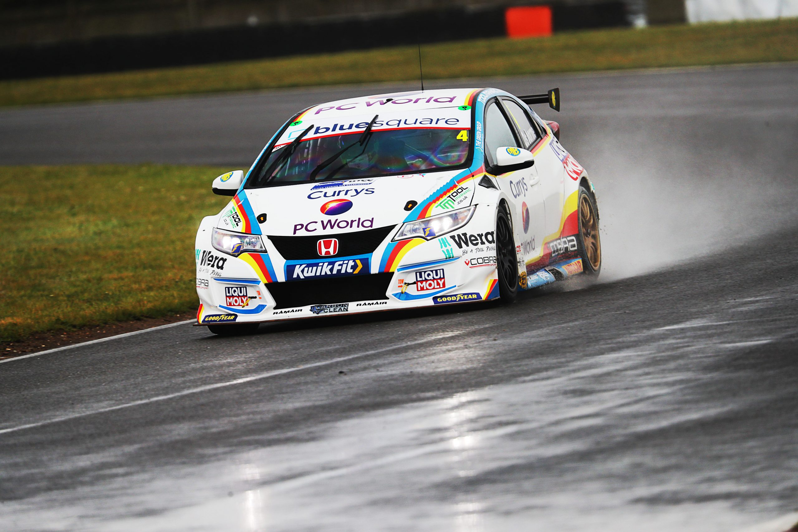 MB Motorsport accelerated by Blue Square eager to impress as BTCC season bursts into life at Donington Park