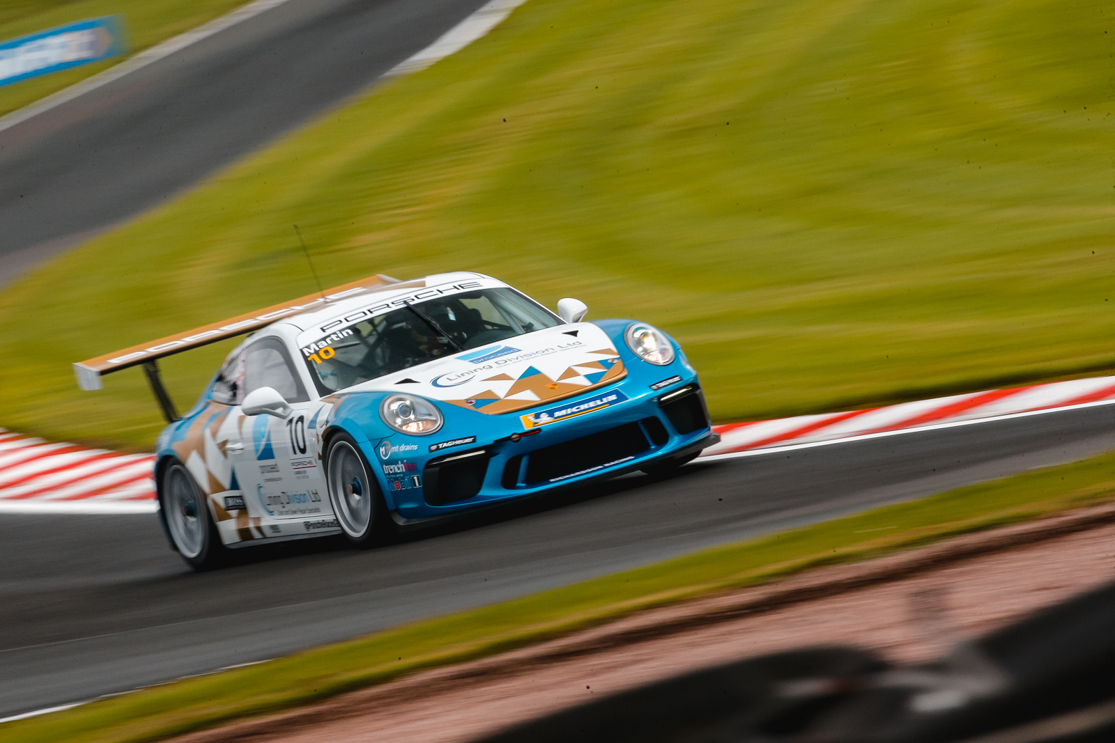 Richardson Racing fight back for double top ten at Oulton Park