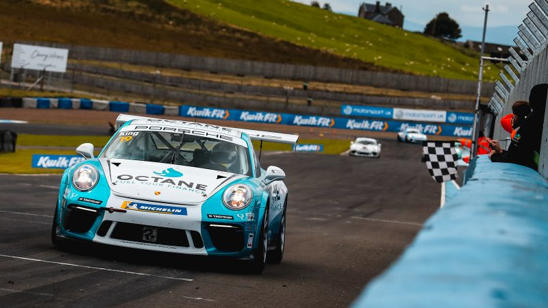 Harry King adds to win tally with astonishing Knockhill performance