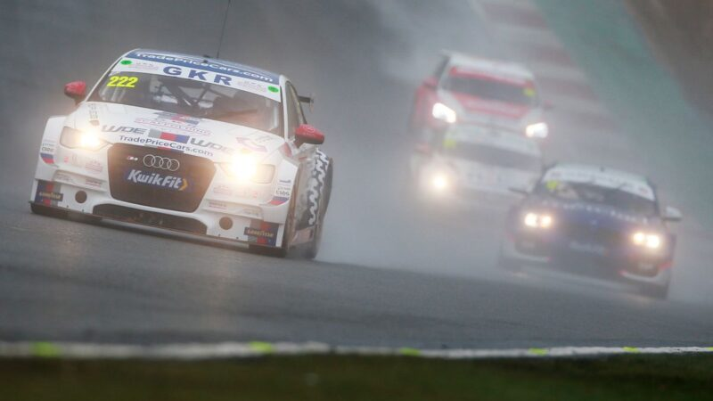 GKR TradePriceCars.com battles the elements for Brands Hatch points