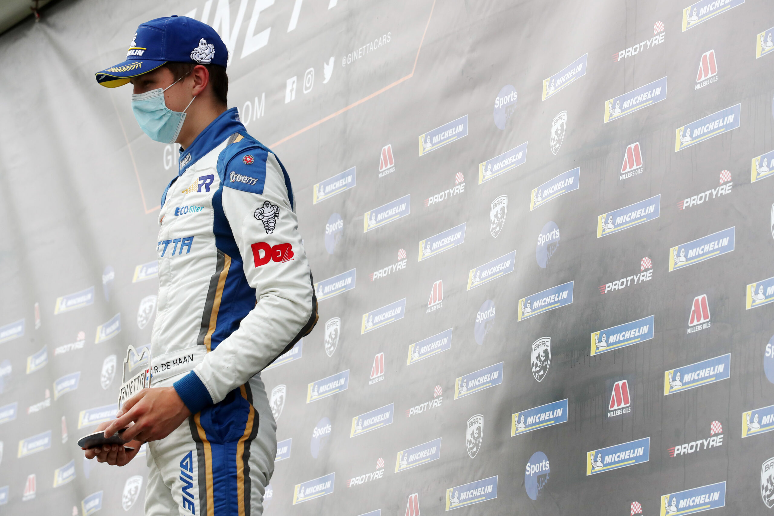 Double rookie podium for Richardson Racing in Ginetta opener