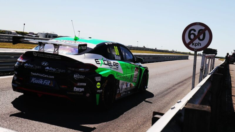 Jack Butel enjoys solid weekend to boost title challenge at Snetterton