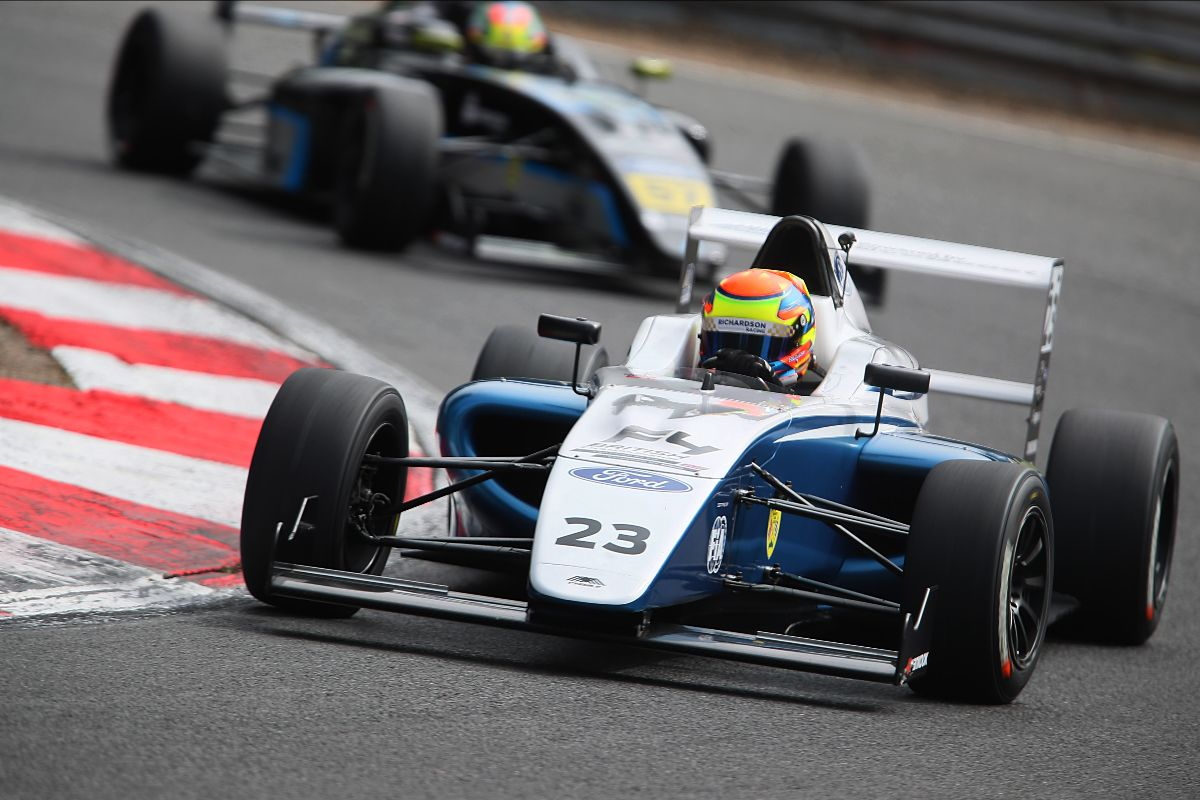 Richardson Racing endures troublesome F4 outing at Brands Hatch
