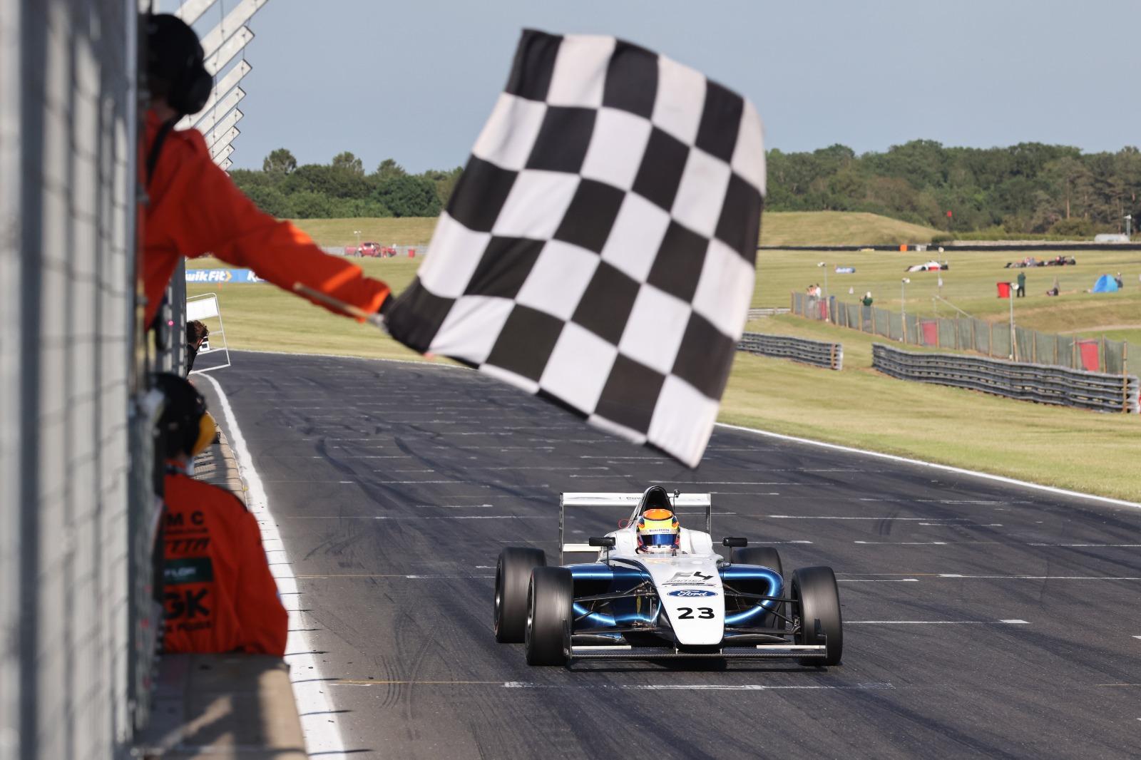Richardson Racing secures victory on British F4 return