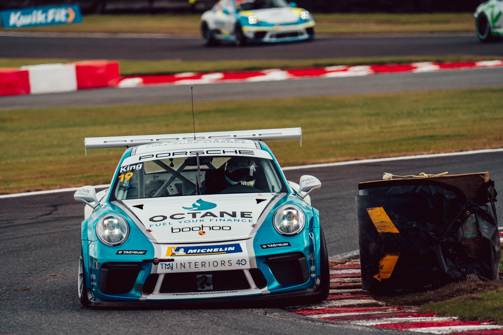 Harry King maintains title challenge on tricky Oulton Park weekend