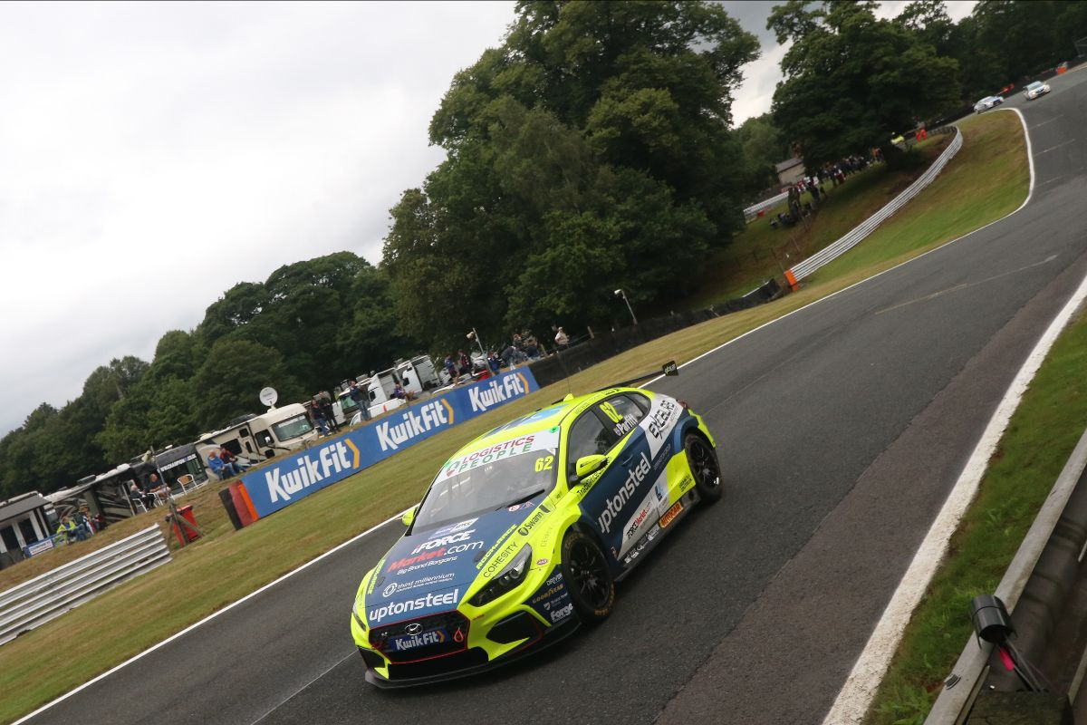 EXCELR8 with TradePriceCars.com targets return to form at Knockhill