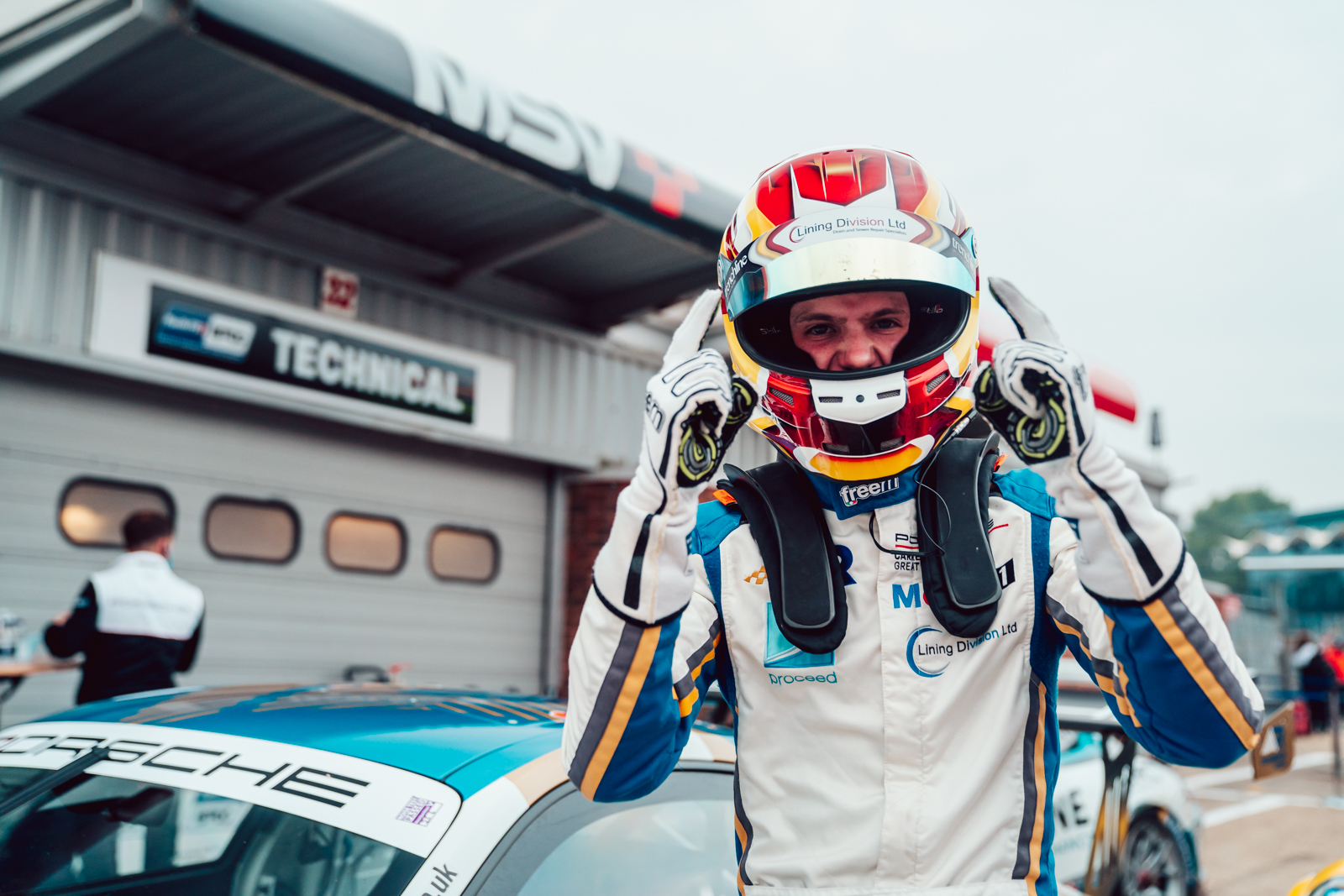 Richardson Racing secures stunning Carrera Cup win at Brands Hatch